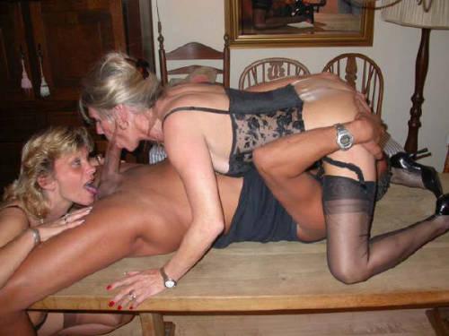 wife sucking black cock