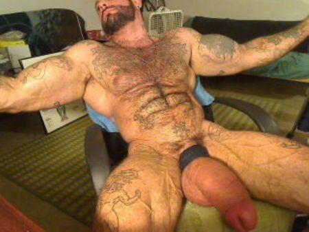 huge hung muscle men