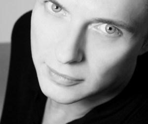 Singer Songwriter John Hegner