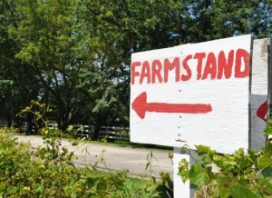 Sign Pointing to the Foley Farmstand