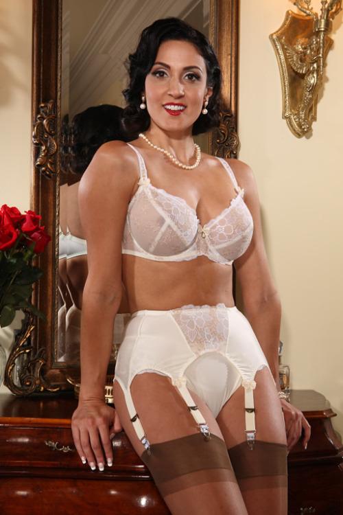 home lingerie garter belt