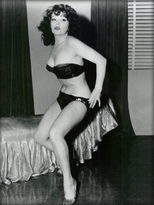 vintage models tumblr