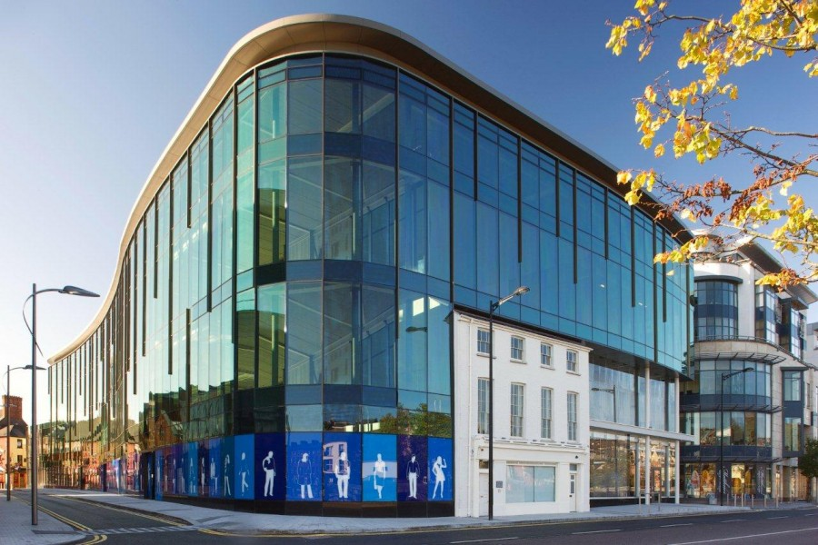 Curtain-wall facade-3d-walkthrough-services-real-estate