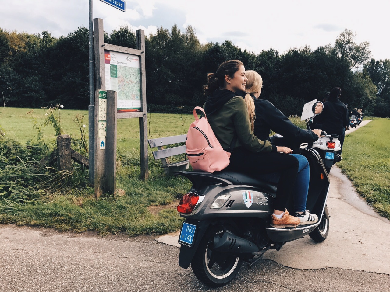 Scooteren met de familie | Photo Diary