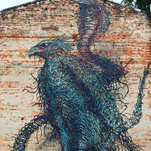 soupmagazine:  Daleast #urbanart #urbanwalls #urban #graffiti #mural #murales #streetphotography #streetcnina #streetart #photoart #photowall