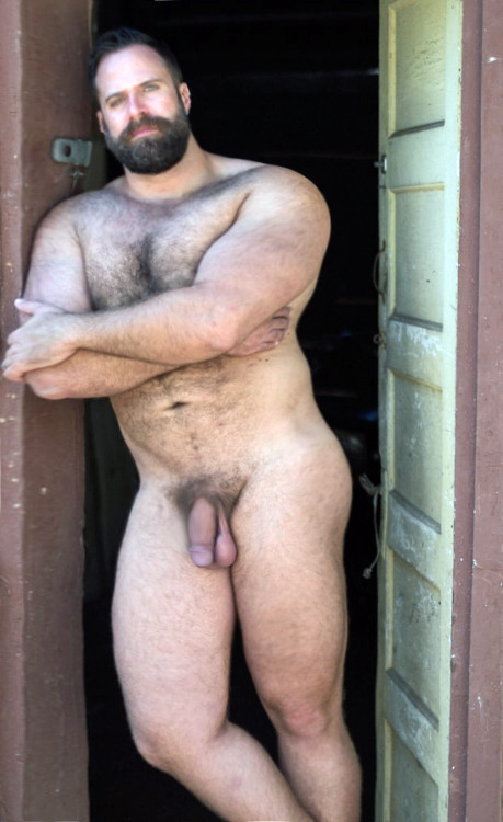 bearded muscle dad