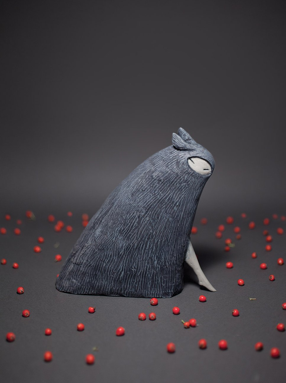 (via The Brothers Grimm in Three Transcendent Dimensions: Shaun Tan's Breathtaking Sculptural Illustrations for the Beloved Tales | Brain Pickings)