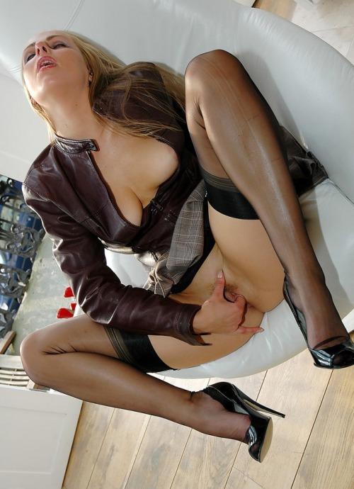 sissy french maid bondage