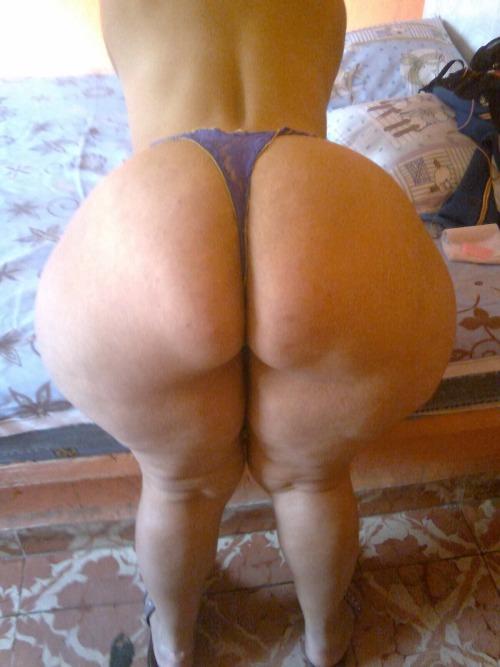 Sexy black stripper fucked
