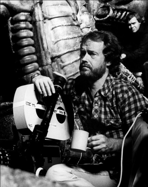 tarkowski: Ridley Scott on the set of Alien