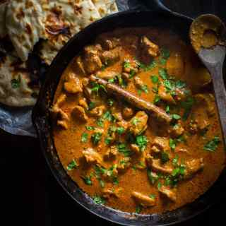 Rich, flavorful butter chicken. So good, and clean eating, too! // 40 Aprons