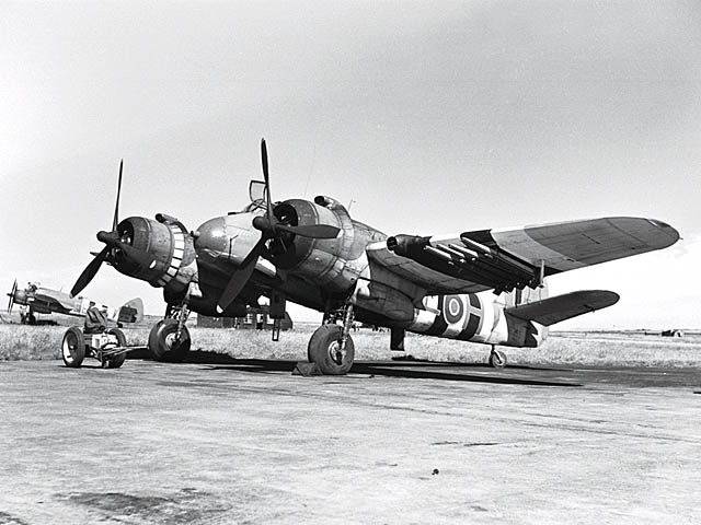Bristol_Type_156_Beaufighter_ExCC