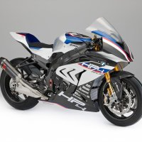 BMW HP4 Race becomes reality...