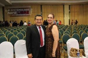 Diamante Daniel Martinez y su Esposa
