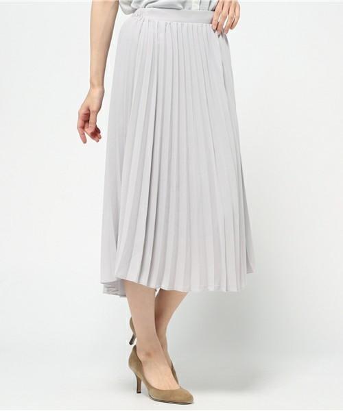 履くだけでカワイイ♡春にはきたい「プリーツスカート」その1