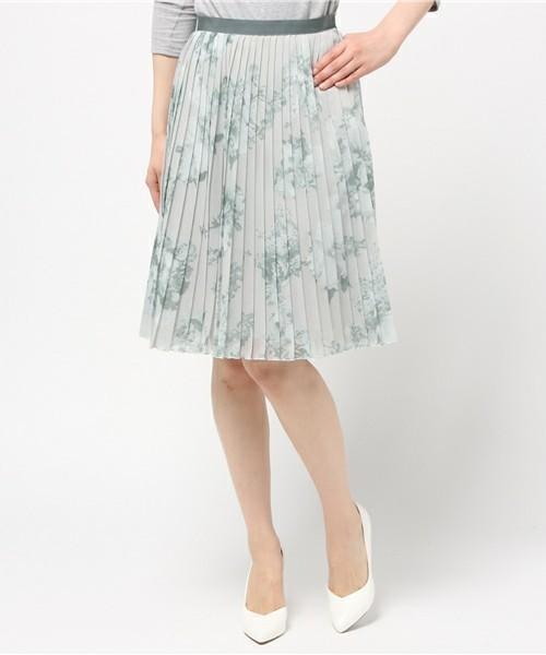 履くだけでカワイイ♡春にはきたい「プリーツスカート」その7