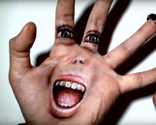 widewalls-artmagazine:  Artist creates astonishing optical illusions on his own hand