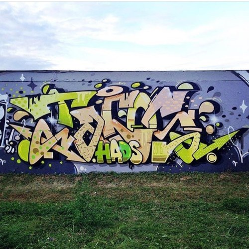fresh-hood:  Tacos !! By @tacos_one #graffiti #tacos #colors #wall #writing #freshgraff