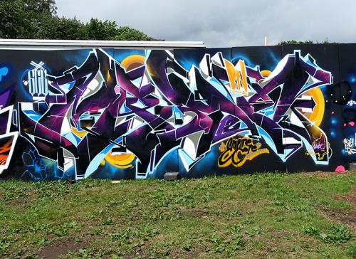 spraydaily:  ROSKILDE FESTIVAL 2016With: Merlot, Amuse126 & YanoeFresh update with 44 photos from the trip to Denmark for burning the walls at Roskilde!Check all out here:www.spraydaily.com/merlot-amuse126-yanoe-roskilde-festival-2016