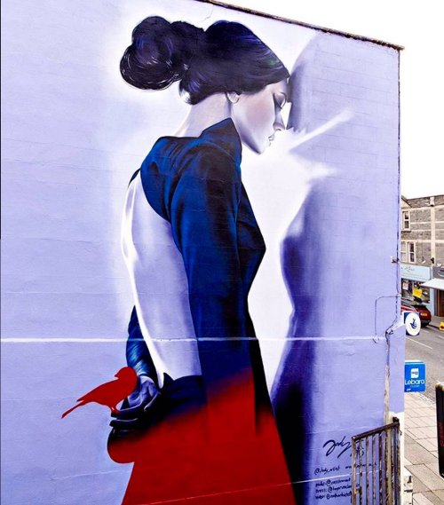 streetartsociety:  paxmachina:  Jody Thomas - Bristol, EnglandStreet art blog here!!!