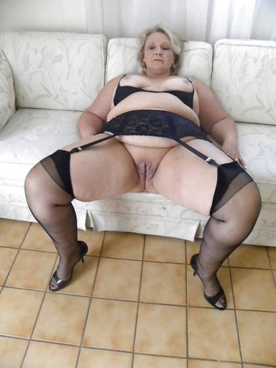 legs spread wide open hd