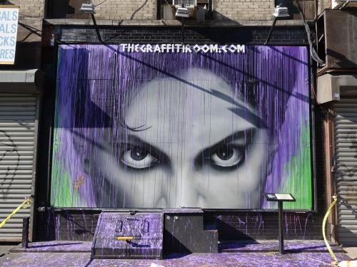 streetartserenade:  justpaint:ART IN THE STREET💜💜💜