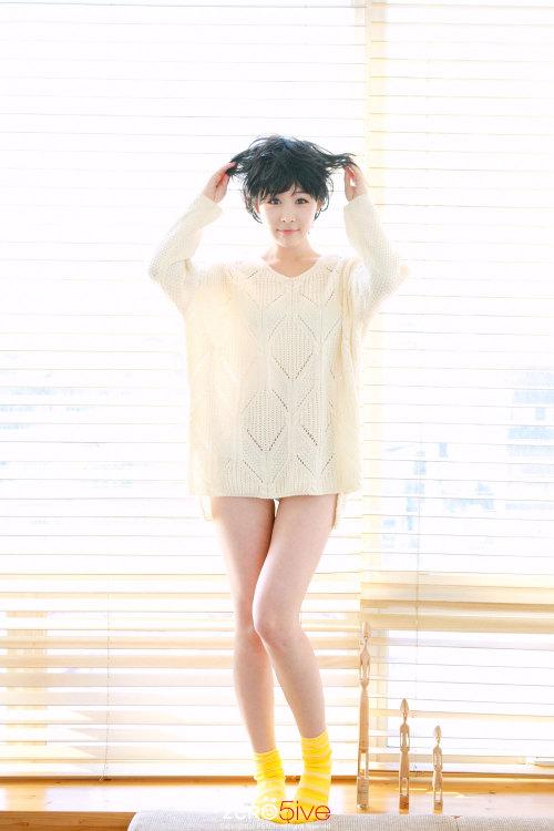 girl and fashion,Korean Girls,Korean,Model,Dream Girls,Korean Model,Korean Girl,korea, beautiful,Pop idol,Kim Ji Min