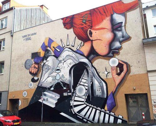 streetartglobal:By @keas__ and friend in Aachen, Germany - http://globalstreetart.com/keas#globalstreetart https://www.instagram.com/p/BKIDpUmDPs-/