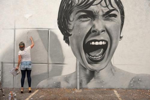 streetartglobal:Amazing work by @bkfoxx the shower scene. freehand spray with JMZ Walls, photo by @bytegirl24 https://www.instagram.com/p/BL4sd11ANfU/