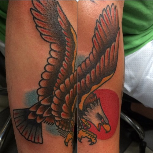 Today @broadstreettattoo Thanks for looking!#traditionaltattoo #tattoo #eagle #eagletattoo #boldwillhold #imnotgoodatcollages