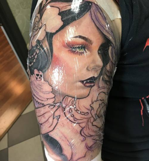 Started this vampire babe today. @broadstreettattoo #vampireteeth #vampirebabe #suisidegirls #cupcakewithcherryontop #cupcakewithcherry #cupcake #tattoo #tatsforgirls #colortattoo #pinuptattoo (at Broad Street Tattoo Parlour)