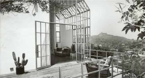 northmagneticpole:  Kalfus studio, Los Angeles 1981-Steven Ehrlich