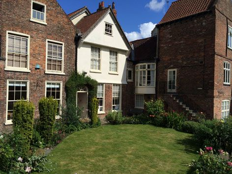 YMS garden view2