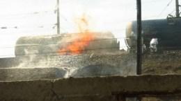 На юге Казахстана произошло возгорание железнодорожной цистерны снефтепродуктами (фото с места события)