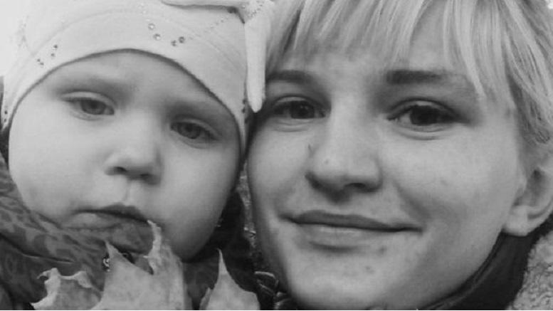 В Киеве мать оставила двоих детей в квартире голодными на 9 дней