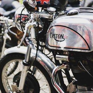 caferacer triton custom motorcycles motodeluxe ljubljana slo 77 77c 7sevencustomshellip