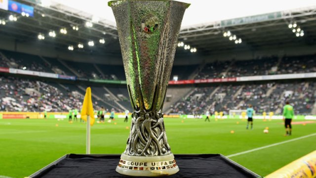 europa-league-trophy-uefa-football_3332895