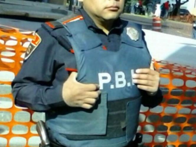 El policía Sergio Ángeles Soriano Buendía realizaba el recorrido y vigilancia en el estacionamiento. Fotos: Cortesía SSPDF