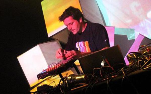 Featured - 9th cloud live - Finest Ego beatmaker challenge - 2011 - 3