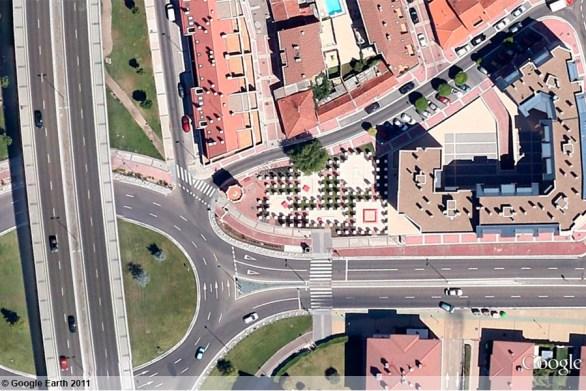 ava-google-earth-plaza-ciudades-hermanas-2011