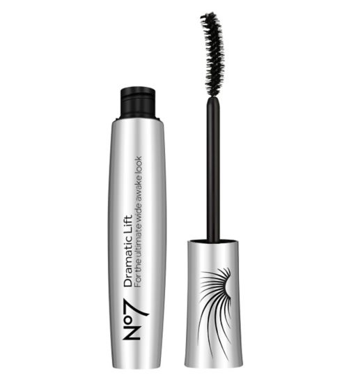 Perfect Lashes with Boots No7 – Gift Guide