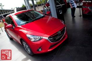 022-8600_Mazda2