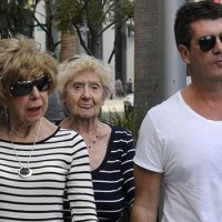 Simon Cowell's mother passes away