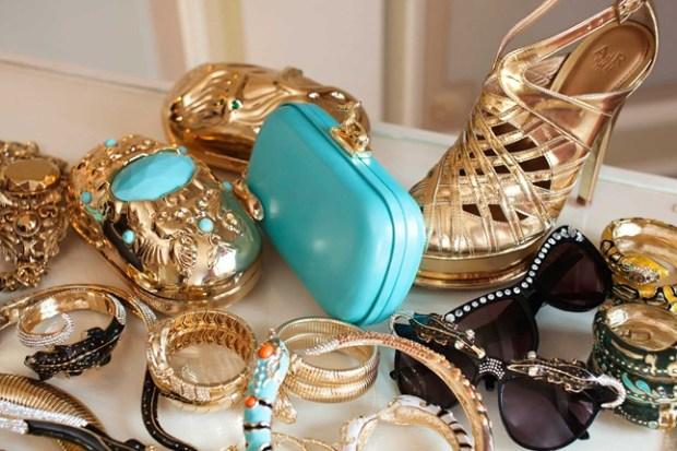"""H&M accessories"""