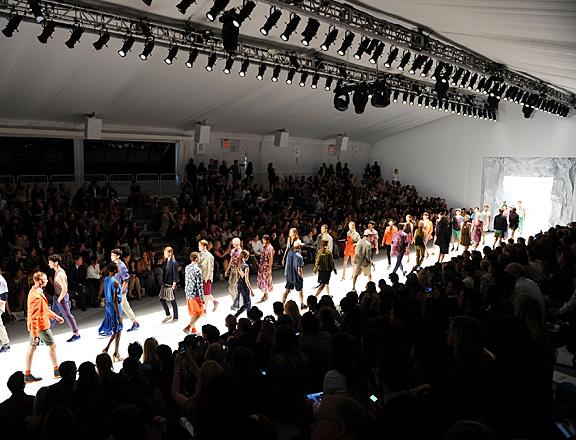 """""""Fashion Week"""""""