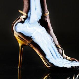 Foot in Heel Illustration: Does Comfort Matter?
