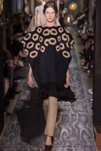 valentino-fall-2013-couture-30