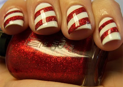Candy Cane Christmas manicure