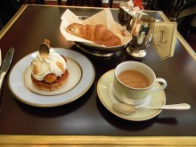 Breakfast at Laduree