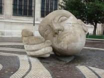 Sculpture near Saint Eustache